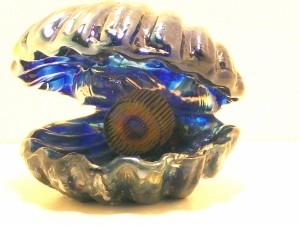 clamshell-murini-pearl